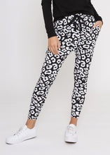 Load image into Gallery viewer, Jordan Joggers - Black/White Leopard