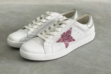 Load image into Gallery viewer, Kobi Leather Sneakers - Pink Glitter