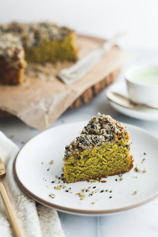 Matcha Cake Gluten-free with Black Sesame Streusel