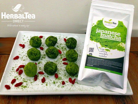 Matcha Chocolate & Goji Berry Energy Balls