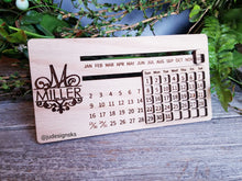 Load image into Gallery viewer, Personalized Perpetual Wood Calendar