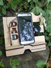 Load image into Gallery viewer, USA, Dad, Papa, Wood Cell Phone Docking Station