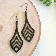 Load image into Gallery viewer, Finn Wooden Earring - Black