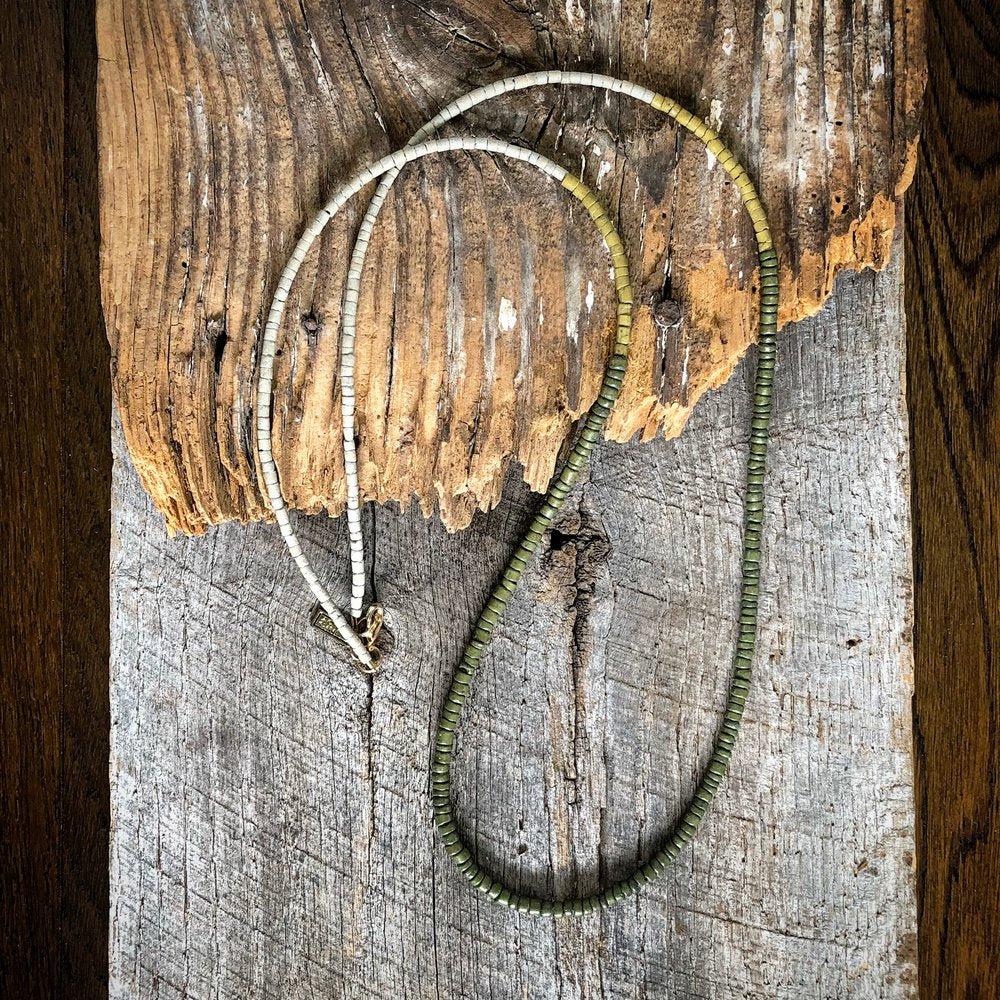 Color Block Coconut Necklace - olive