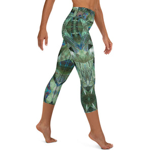 "Women's High Waisted Pattern Leggings Capri Length Yoga Pants (Mid-Calf)- ""Peacock Pandemonium"""