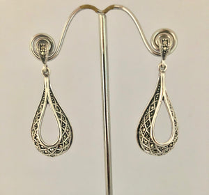 Earrings - DEEA1346  Beautiful Silver & Marcasite Drop Earrings