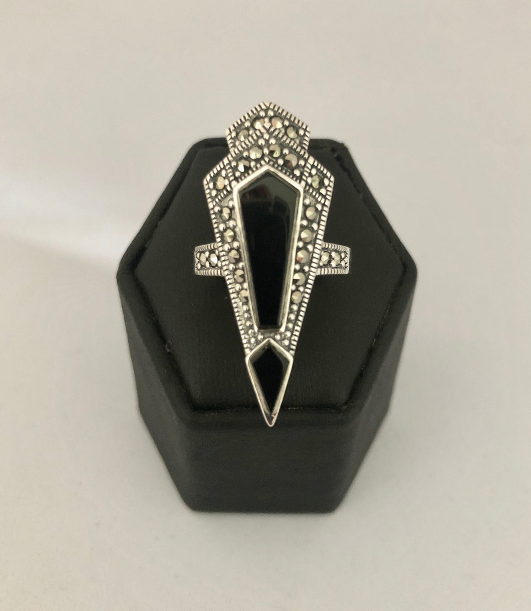Ring  DER599ON  -  Art Deco style silver marcasite ring with black onyx