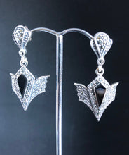 Load image into Gallery viewer, Earrings - DEEA623   Art Deco stunning 925 Sterling Silver, marcasite and onyx earrings