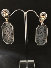 Load image into Gallery viewer, Earrings - DEEA115EM    Gorgeous Sterling Silver Filigree & tiny Emerald in the centre
