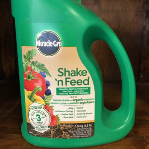 Miracle Gro Shake n Feed Tomato, Fruit & Veg 2.04kg