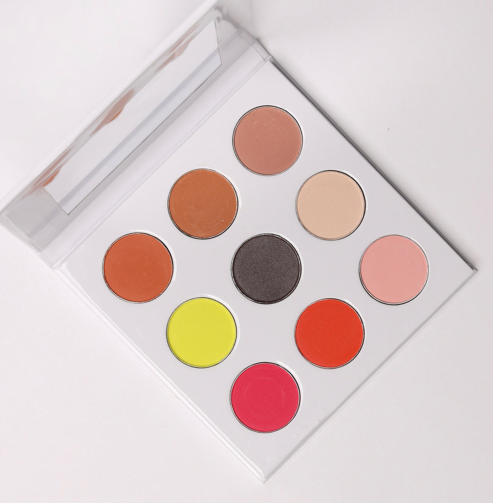 Color Gurlz Signature Eye Shadow Pallet Kit