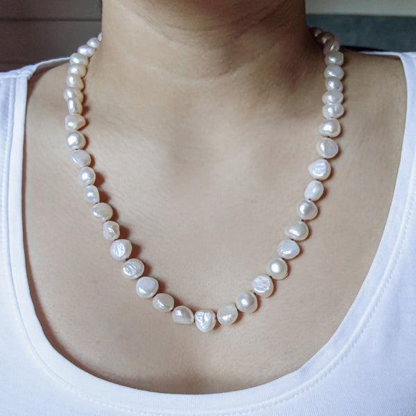 """Scarlet"" Freshwater pearl necklace"