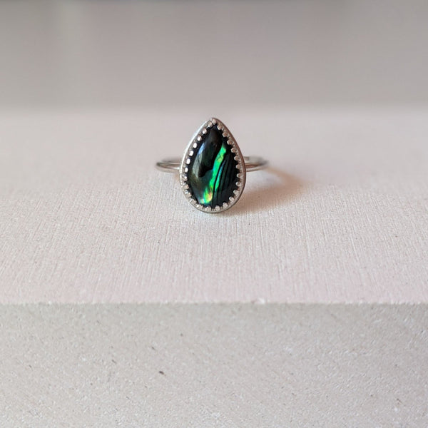 """Celina"" Paua shell ring"