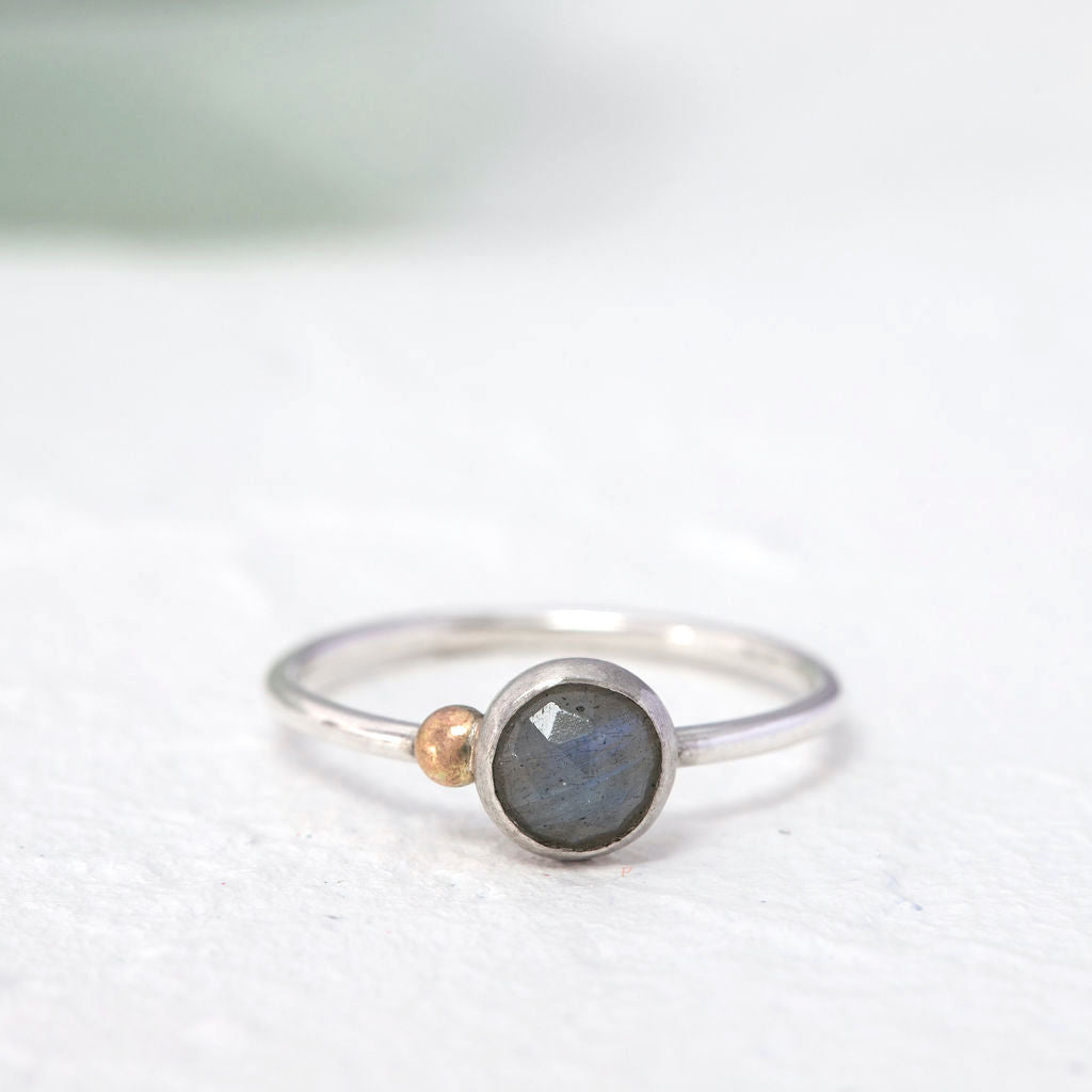 """""""Michelle"""" labradorite ring with 9ct gold- round stone"""