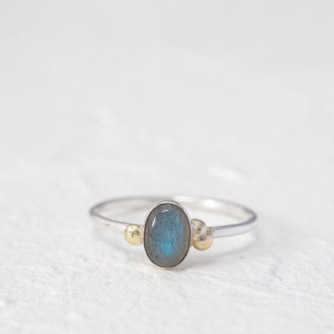 """Michelle"" Labradorite ring with 9ct gold- Oval stone"