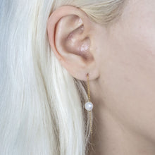 "Load image into Gallery viewer, ""Indie"" pearl threader earrings"