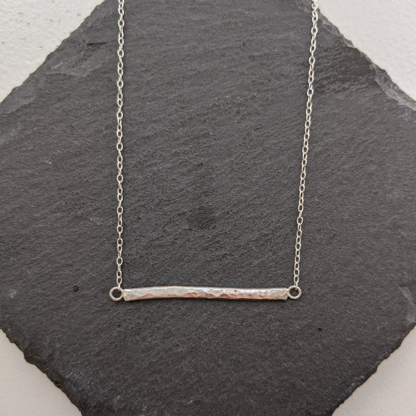 """Sasha"" textured bar necklace"