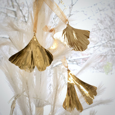 Hand made golden brass inspirational ginkgo leaf ornaments.  Three leaf patterns available.