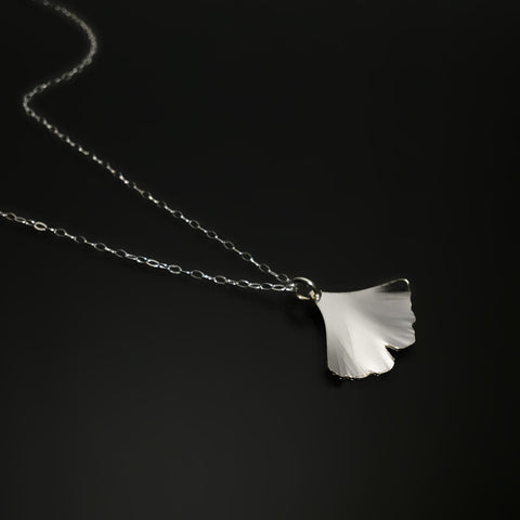 sterling silver ginkgo pendant necklace
