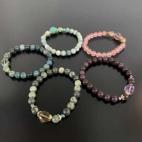 Choose your color stretch bracelet with gold accents