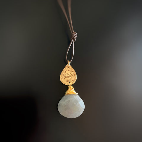 Labradorite Teardrop Pendant with Golden Brass Ginkgo Leaf