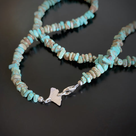 turquoise chip necklace with sterling silver ginkgo at the clasp