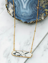 Load image into Gallery viewer, Himalayan Quartz Necklace