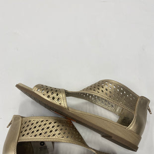 Primary Photo - BRAND: KIM ROGERS STYLE: SANDALS FLAT COLOR: GOLD SIZE: 9.5 SKU: 200-200199-14904
