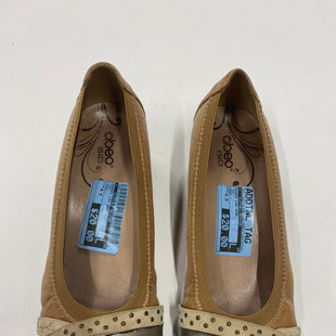 Primary Photo - BRAND:    CLOTHES MENTOR STYLE: SHOES LOW HEEL COLOR: TAN SIZE: 6.5 OTHER INFO: ABEO - SKU: 200-200178-23616