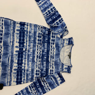 Primary Photo - BRAND: 89TH AND MADISON STYLE: TOP LONG SLEEVE COLOR: BLUE WHITE SIZE: M SKU: 200-200197-36105