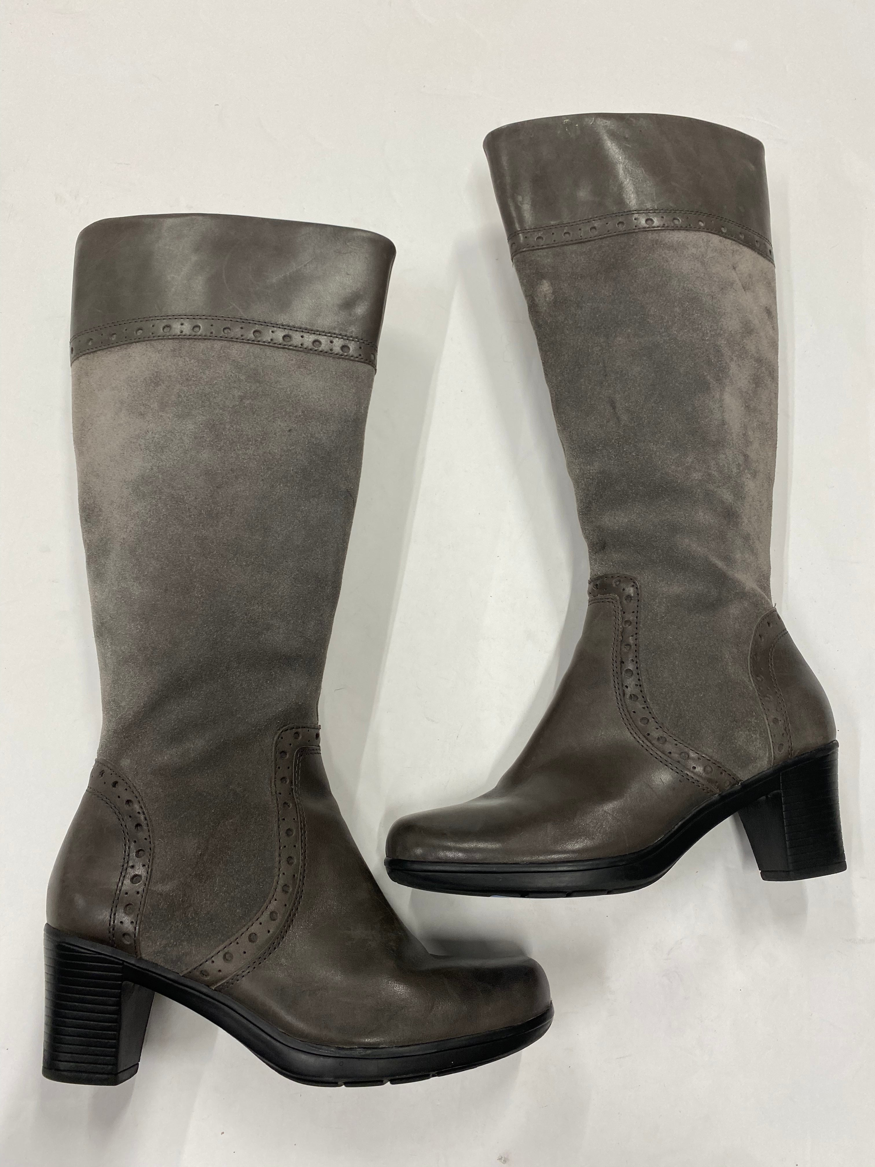 Photo #1 - BRAND: CLARKS <BR>STYLE: BOOTS KNEE <BR>COLOR: GREY <BR>SIZE: 7 <BR>SKU: 200-20012-8890