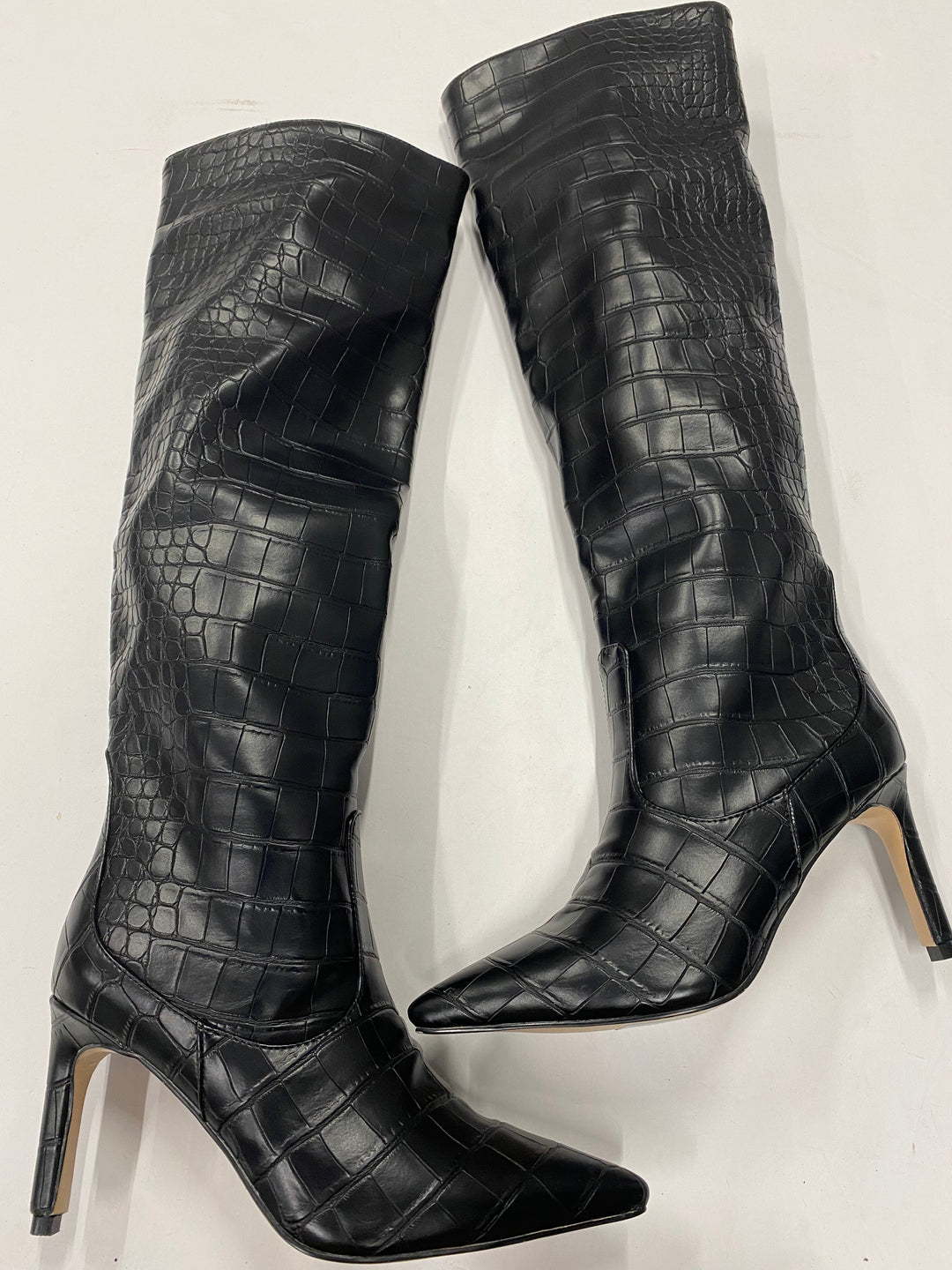 Photo #1 - BRAND:    CLOTHES MENTOR <BR>STYLE: BOOTS KNEE <BR>COLOR: BLACK <BR>SIZE: 6.5 <BR>SKU: 200-200178-21321