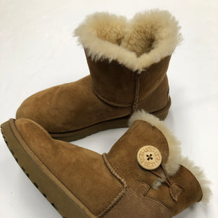 Primary Photo - BRAND: UGG STYLE: BOOTS ANKLE COLOR: BROWN SIZE: 7 SKU: 200-200199-16761