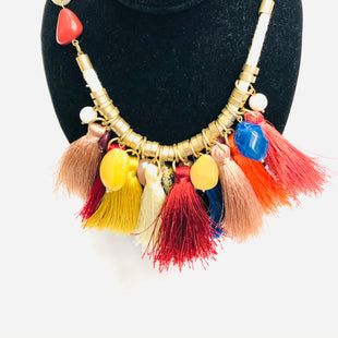 Primary Photo - BRAND:    CLOTHES MENTOR STYLE: NECKLACE COLOR: MULTI OTHER INFO: MUILT COLORED NECKLACE SKU: 200-200199-11756