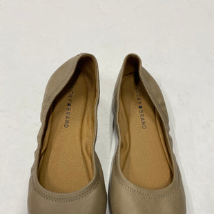 Primary Photo - BRAND: LUCKY BRAND STYLE: SHOES FLATS COLOR: BEIGE SIZE: 7 SKU: 200-200199-9186