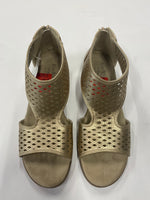 Photo #2 - BRAND: KIM ROGERS <BR>STYLE: SANDALS FLAT <BR>COLOR: GOLD <BR>SIZE: 9.5 <BR>SKU: 200-200199-14904