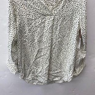 Primary Photo - BRAND: OLD NAVY STYLE: TOP LONG SLEEVE COLOR: WHITE BLACK SIZE: M OTHER INFO: LEOPARD PRINT SKU: 200-200178-29947