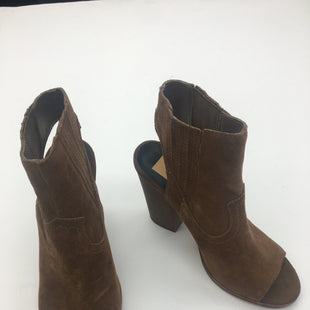 Primary Photo - BRAND: DOLCE VITA STYLE: BOOTS ANKLE COLOR: BROWN SIZE: 7 SKU: 200-200178-30012