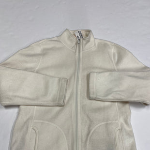 Primary Photo - BRAND:    CLOTHES MENTOR STYLE: JACKET OUTDOOR COLOR: WHITE SIZE: L SKU: 200-200199-14900