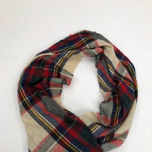 Primary Photo - BRAND:    CLOTHES MENTOR STYLE: SCARF WINTER COLOR: PLAID SKU: 200-200199-7450