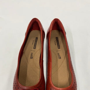 Primary Photo - BRAND: CLASSIC COLLECTION STYLE: SHOES FLATS COLOR: RED SIZE: 6 SKU: 200-200178-20333