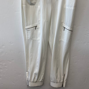 Primary Photo - BRAND: CHICOS STYLE: PANTS COLOR: WHITE SIZE: 12 OTHER INFO: CROP SKU: 200-200178-29894