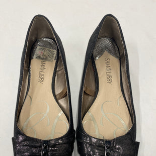 Primary Photo - BRAND: SAM AND LIBBY STYLE: SHOES FLATS COLOR: SILVER SIZE: 9.5 SKU: 200-200178-21520