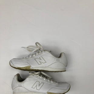Primary Photo - BRAND: NEW BALANCE STYLE: SHOES ATHLETIC COLOR: WHITE SIZE: 6 SKU: 200-200194-8756