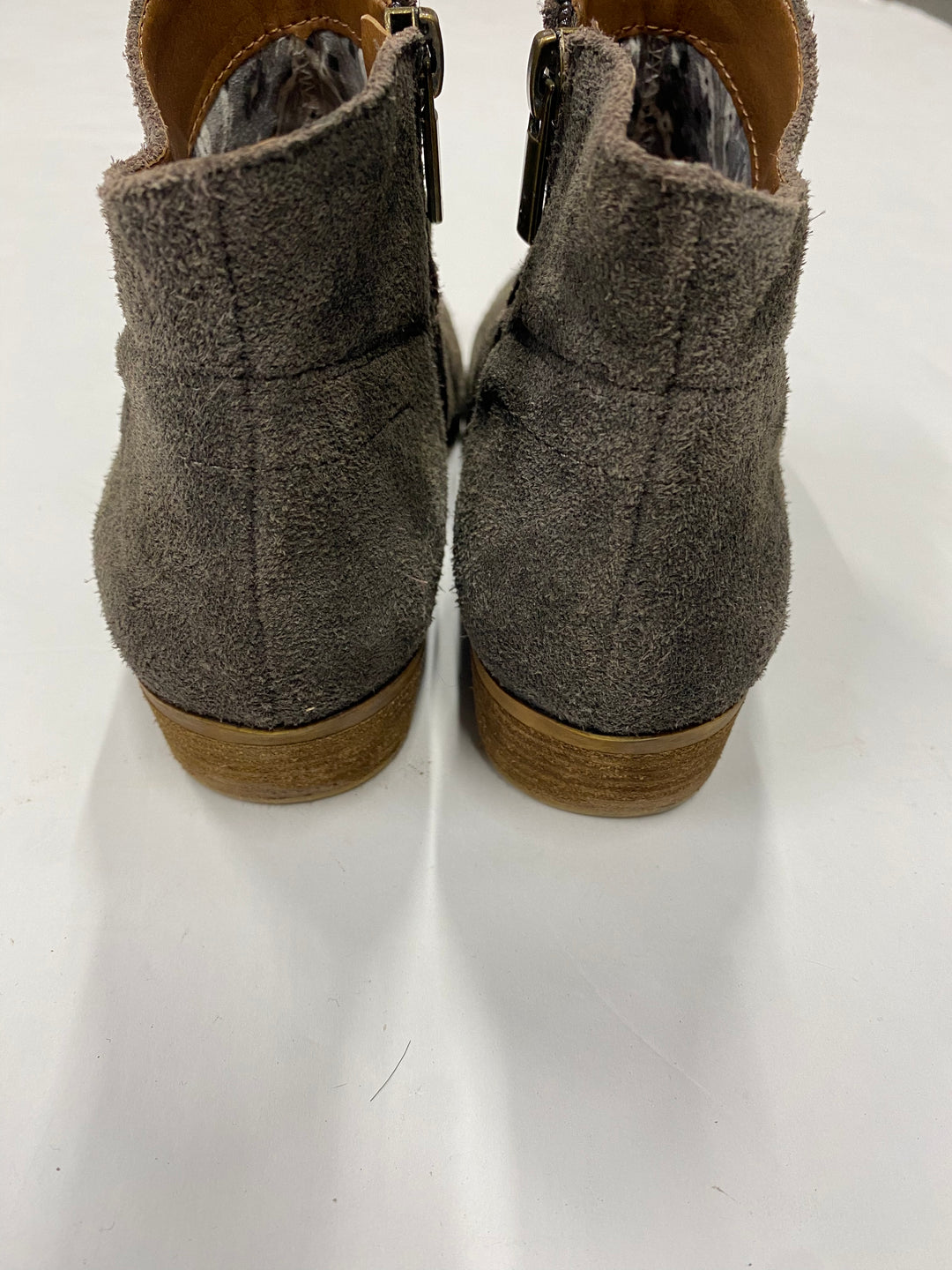 Photo #3 - BRAND: LUCKY BRAND <BR>STYLE: BOOTS ANKLE <BR>COLOR: BROWN <BR>SIZE: 6.5 <BR>SKU: 200-200202-3463