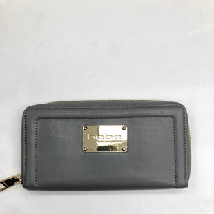 Primary Photo - BRAND: BEBE STYLE: WALLET COLOR: GREY SIZE: MEDIUM SKU: 200-200178-18892