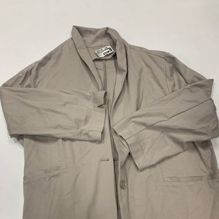 Primary Photo - BRAND:    CLOTHES MENTOR STYLE: JACKET OUTDOOR COLOR: KHAKI SIZE: 24 SKU: 200-200199-11100