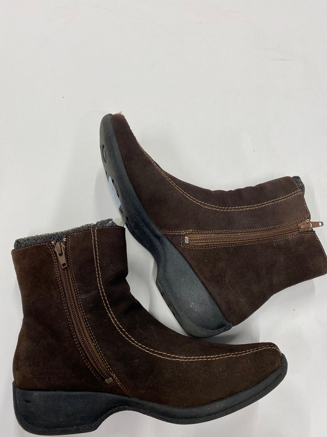Primary Photo - BRAND: CLARKS <BR>STYLE: BOOTS ANKLE <BR>COLOR: BROWN <BR>SIZE: 8 <BR>SKU: 200-200202-2906