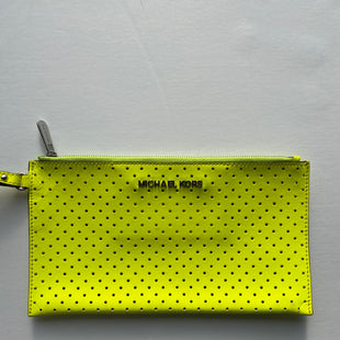 Primary Photo - BRAND: MICHAEL KORS STYLE: WRISTLET COLOR: NEON SKU: 200-200178-19439