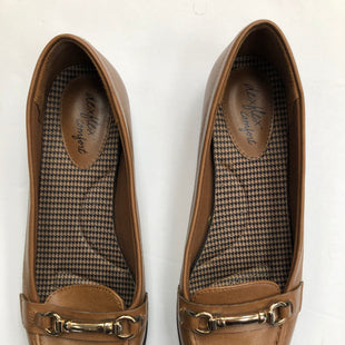 Primary Photo - BRAND: DEXFLEX STYLE: SHOES FLATS COLOR: BROWN SIZE: 6.5 SKU: 200-200199-8676